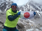 Marathon man on the roof of the world! David Redor sends a big thanks to the FPP(Immun' Âge) team.